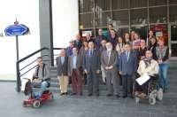 El Colegio de Médicos y 18 asociaciones de pacientes firman un convenio de colaboración
