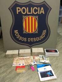 Detenido en Girona un hombre por robar móviles y dinero en efectivo de un despacho