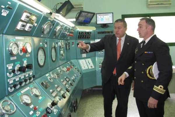 El Centro de Buceo de la Armada asesorará a Fomento en la nueva legislación sobre actividades subacuáticas. Carthago Servicios Técnicos. Instaladores de equipos a presión.