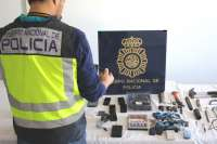 Policía Nacional aborda a tres individuos que perseguían a un coche de alta gama por Murcia para robarlo