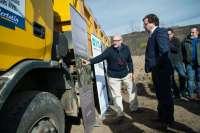 El presidente de la Junta de Extremadura coloca en Sierra de Gata la primera piedra del Campus PHI