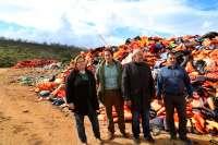 La delegación del Consell de Mallorca en Quíos visita el campo de refugiados de Vial