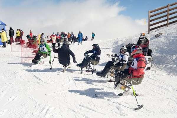 Sierra Nevada acoge los campeonatos de España de esquí alpino Adaptado