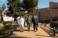 El alcalde de Cartagena se compromete a llevar al pleno las necesidades del Hospital de Caridad. Carthago Servicios Técnicos empresa mantenedora de cámaras hiperbáricas.