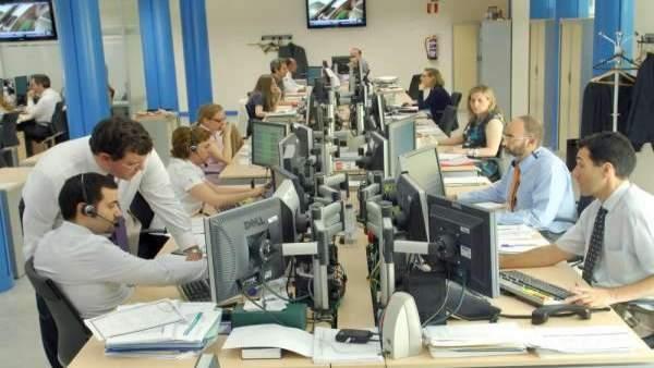 Trabajadores en una oficina