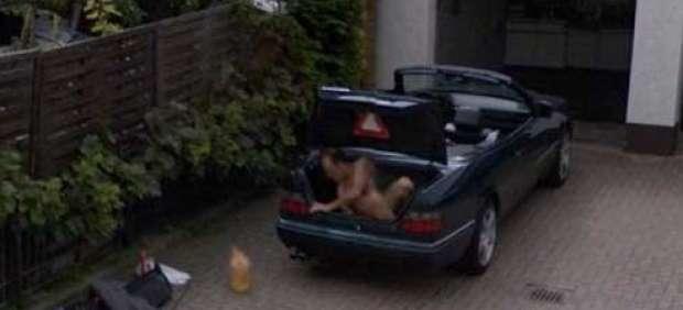 El misterio del hombre desnudo captado por Google Street View