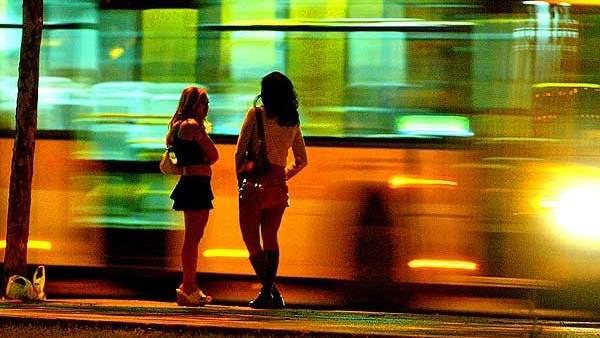 Prostituyendose mujeres