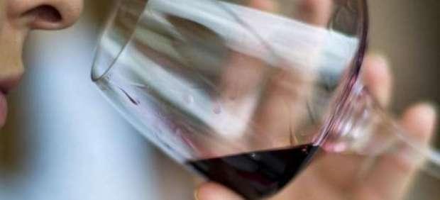 Una copa de vino.