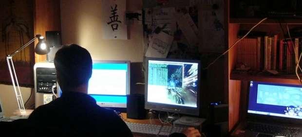 Frente al ordenador