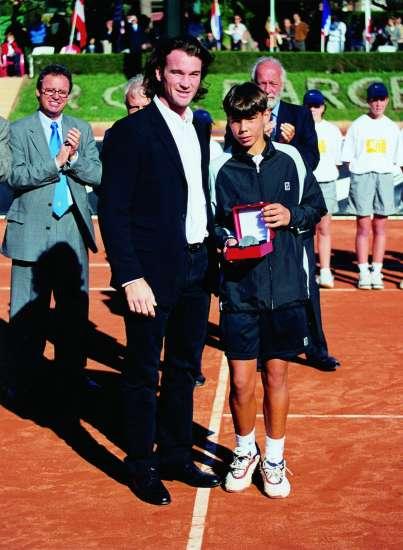 ¿Cuánto mide Rafa Nadal? - Real height 3329-403-550