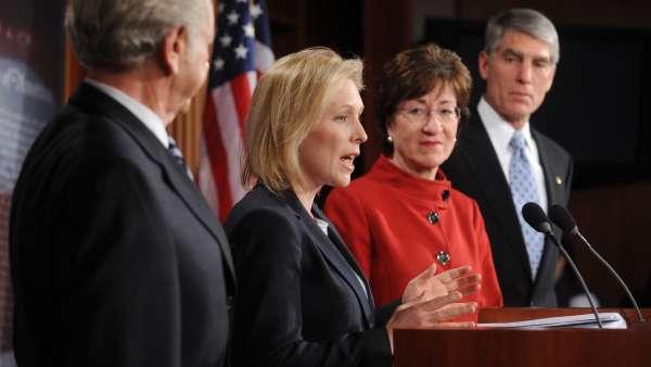 El Senado de EE UU aprueba derogar la ley de discriminación homosexual en el ejército