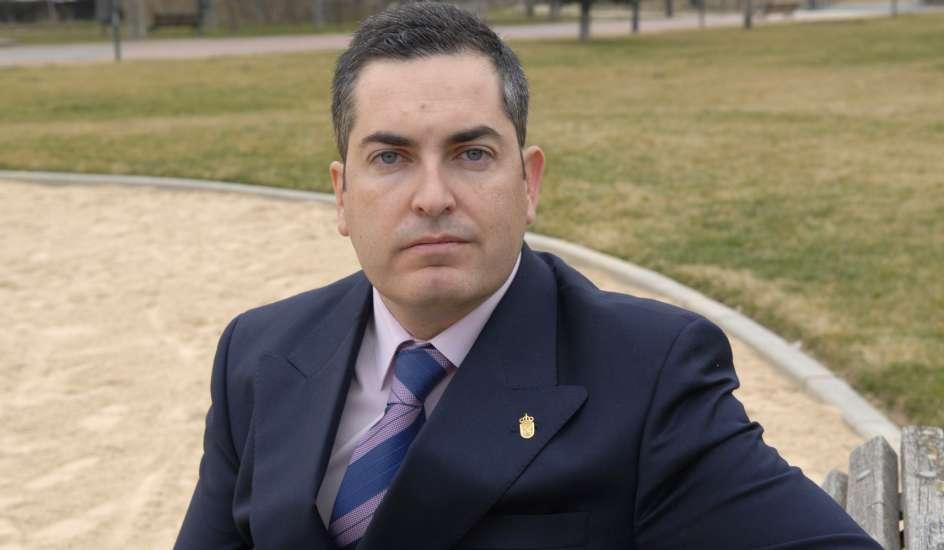 Juan siguero alcalde de boadilla del monte dimite tras ser imputado en el 39 caso g rtel 39 - Trabajo en boadilla del monte ...