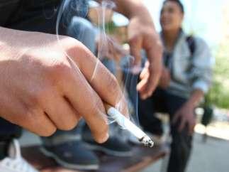 Aumenta el consumo diario de tabaco a niveles de hace dos décadas