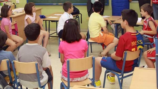 Los niños españoles ya no quieren ser políticos