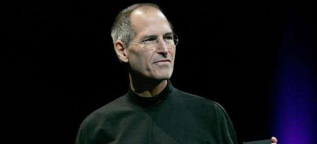 Steve Jobs reaparecerá el lunes para presentar el iCloud