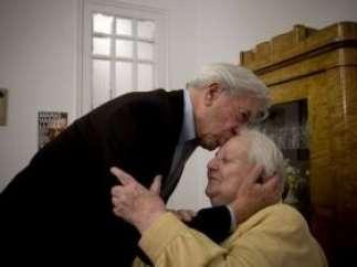 Carmen Balcells y Vargas Llosa.