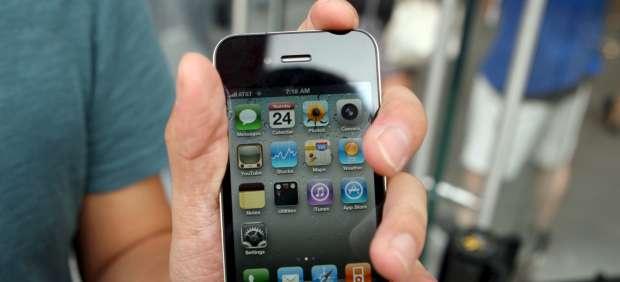 Las alarmas de los iPhone y las cuentas de Hotmail se rebelan en año nuevo