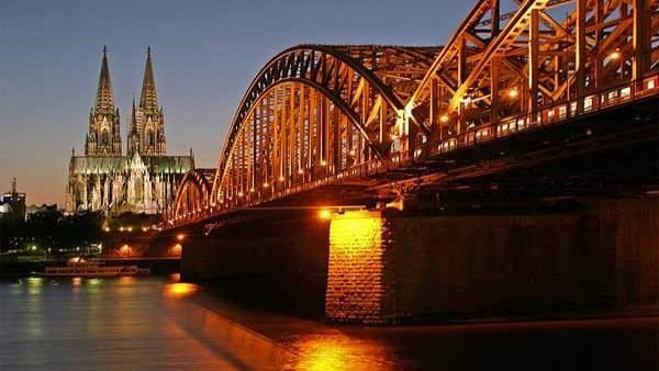 El Rin, a su paso por la ciudad alemana de Colonia