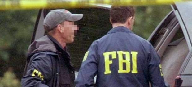 El FBI sanciona a varios agentes por espiar a jefes, ver ponografía y masturbarse en la oficina 6601-620-282