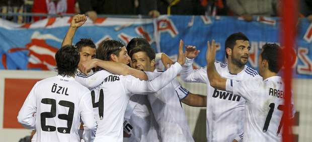 El Real Madrid celebra el primer gol