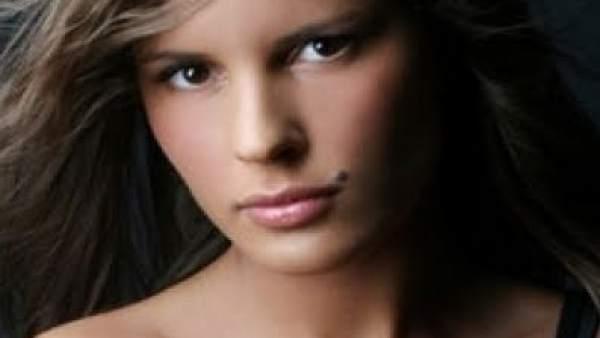 Una prostituta dice en televisi n que berlusconi tuvo sexo for Orgia en la piscina