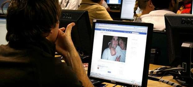 Facebook construye un centro de almacenamiento para guardar las fotografías antiguas