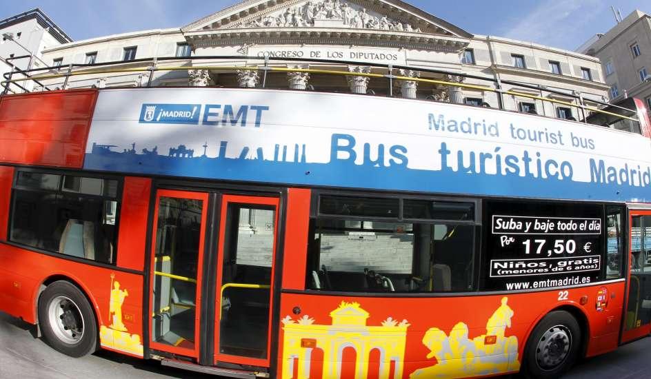 Los autobuses tur sticos vuelven a funcionar desde este for Pisos turisticos madrid