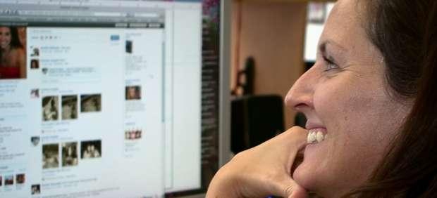 Una red de ciberdelincuentes envía 10 millones de invitaciones fraudulentas por Facebook