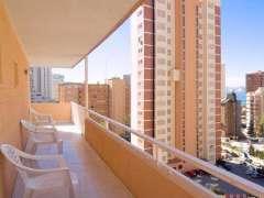 Los británicos frenan la compra de casas en España