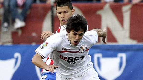 Agüero y Perotti en el Atlético - Sevilla