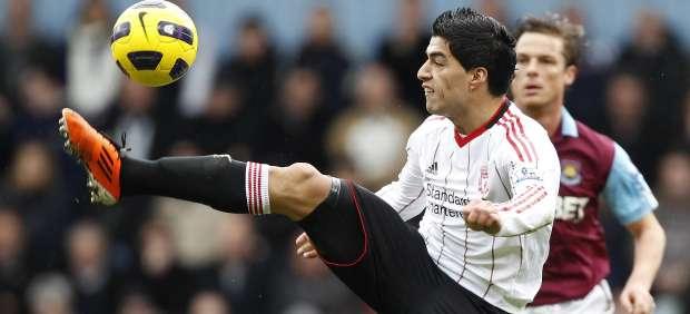 Luis Suárez, del Liverpool, ante el West Ham