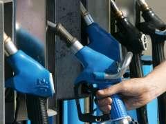 La gasolina sube y el gas�leo baja antes de la Semana Santa