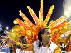 """Ronaldinho contradice el relato de su salida del Barça: """"Decidí yo marcharme"""""""