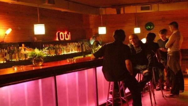 Un bar de copas.
