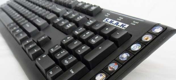 Un teclado de PC diseñado para navegar por Facebook