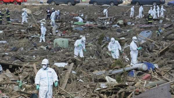 Buscan cadáveres en Fukushima