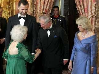 Carlos de Inglaterra y la Duquesa de Alba