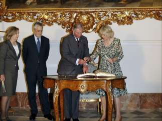 Firmas de honor en Sevilla