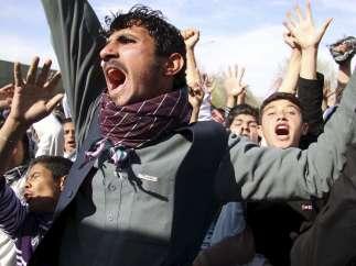 Protesta en contra de la quema del Corán