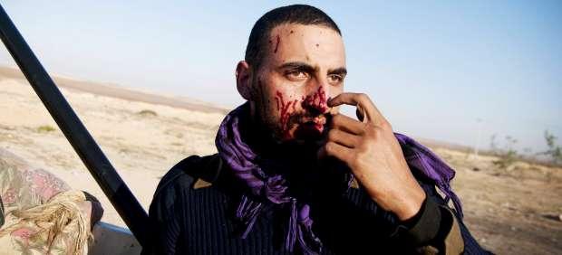 Rebelde libio en Brega.
