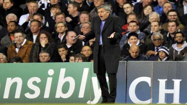 P gina 28 mourinho no me parece suficiente llegar for Haces falta trabajo barcelona
