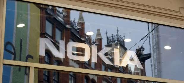 Nokia y Microsoft formalizan su acuerdo para usar el sistema Windows Phone