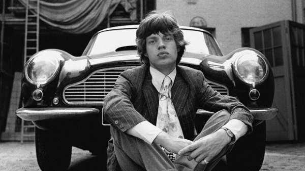 Con el coche de 007, 1966