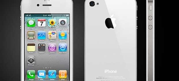 Apple se enfrenta al joven de 17 años que vendía carcasas blancas de iPhone 4
