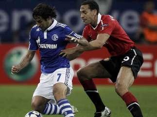 Rio Ferdinand, del Manchester United y Raúl, del Schalke