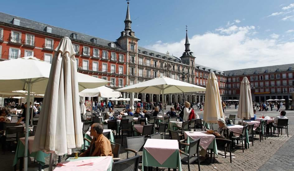 Las terrazas y la primavera llenan madrid por san isidro for Terrazas de verano madrid