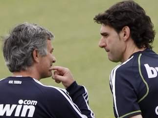 José Mourinho y Aitor Karanka