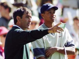 Junto a Tiger Woods