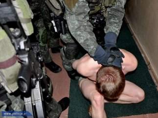 Hinchas detenidos en Polonia