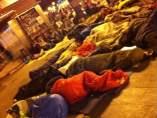 Mil personas acampan de nuevo en Sol